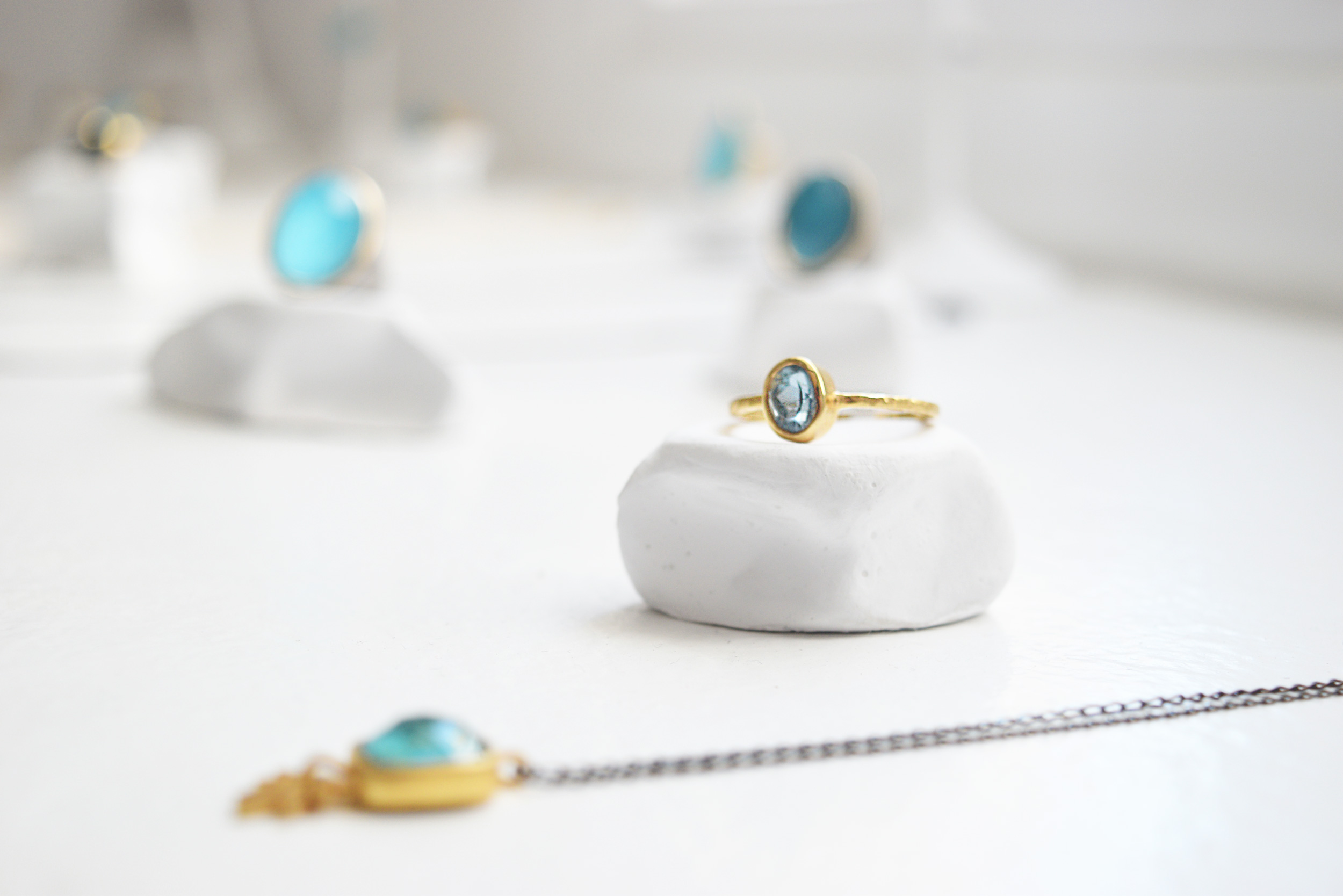 Mnemossyne: Minimalist Greek Jewellery and Art Gallery