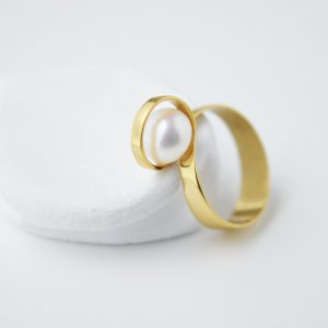 Gold Plated Single Twist With Pearl Ring