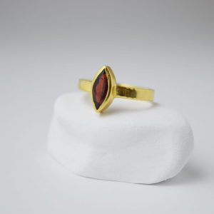 Sterling Silver Garnet Gem Stone Eye Shaped Gold Plated Ring